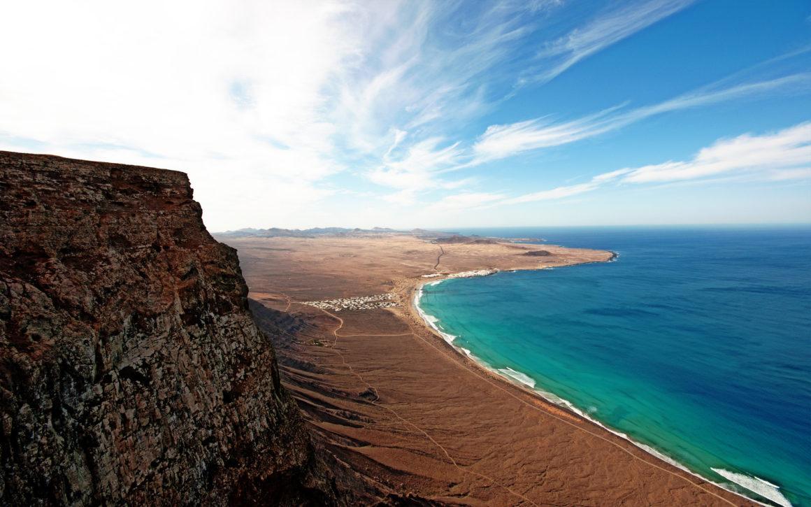 "Programma Lanzarote: Camminando nella affascinante ""Terra del fuoco"""